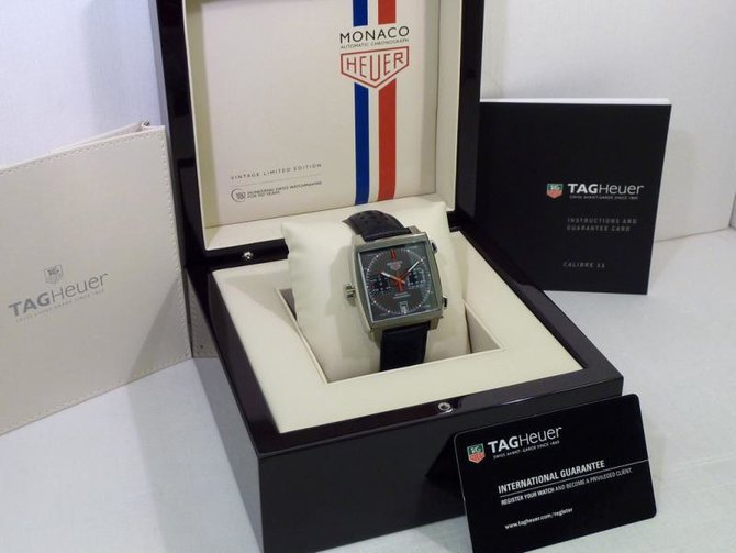 Tag Heuer CAW211B.FC6241 Monaco Calibre 11 Limited Edition Automatic Chronograph 39 mm  - фото 5
