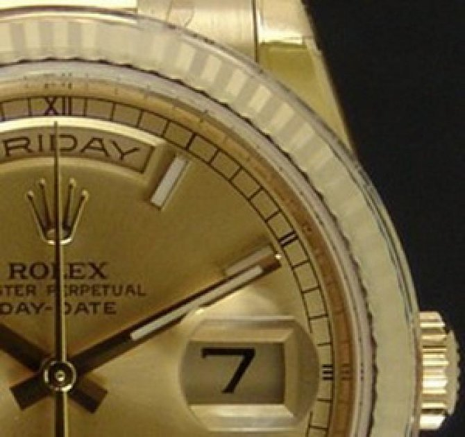 Rolex 118238 champagne Day-Date Yellow Gold - фото 2