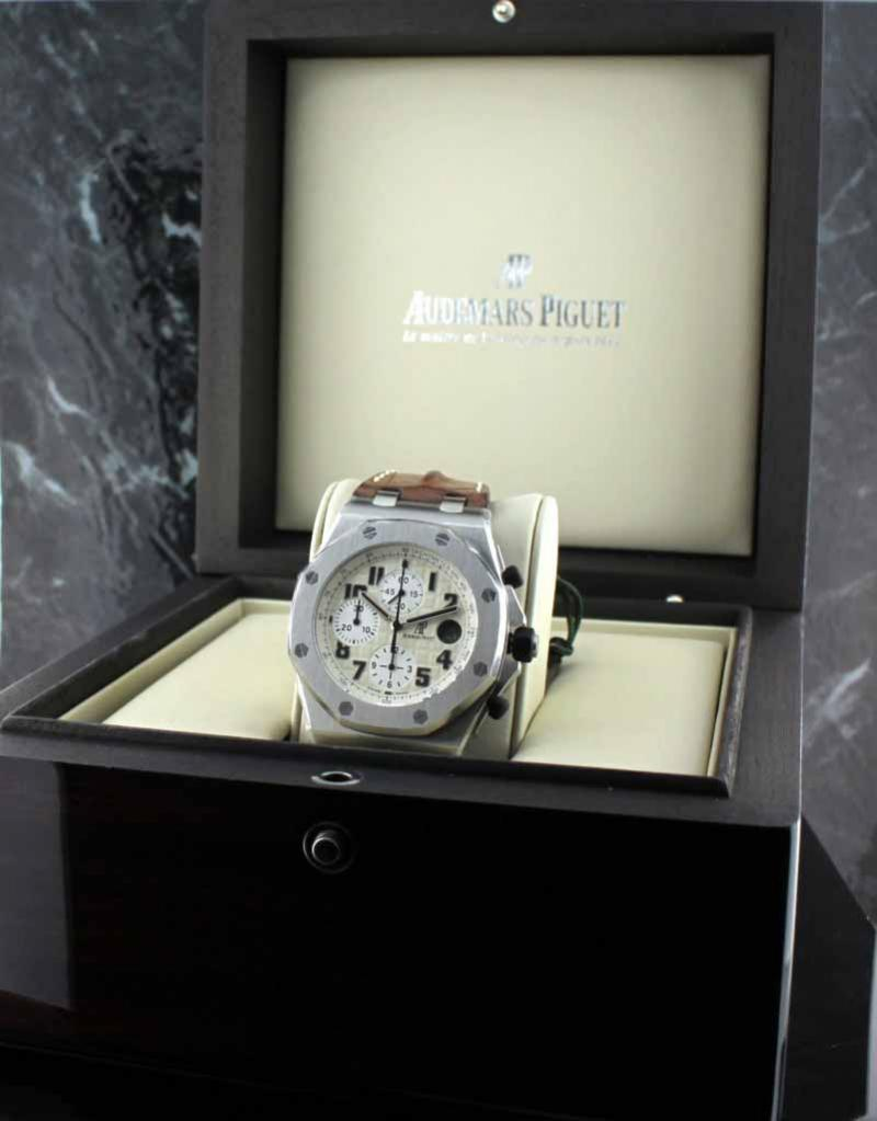 26170ST.OO.D091CR.01 Audemars Piguet Chronograph Special Editions SAFARI  Royal Oak Offshore