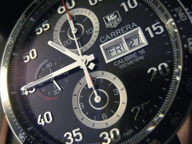 CV2A10.FC6235 Tag Heuer Day Date Automatic Chronograph Carrera