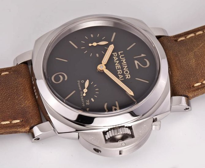 PAM00423 Officine Panerai 1950 3 Days Power Reserve Luminor